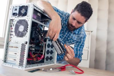Poste de Technicien/ne en informatique